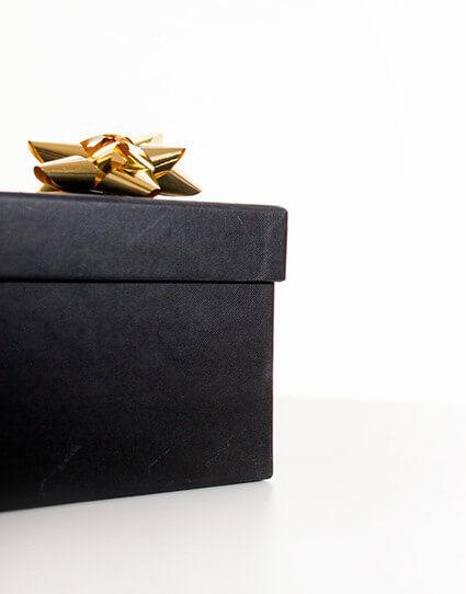 Black Gift Boxen
