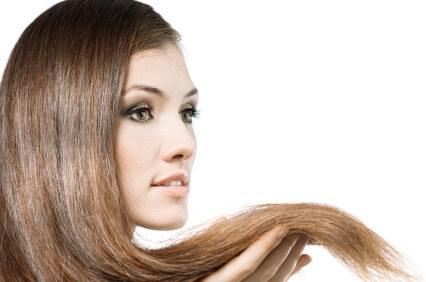 stumpfes glanzloses Haar